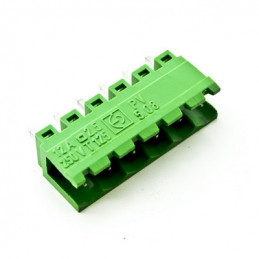 PV-04 Male Connector Vertical 4 Poles